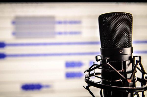 Mikrofon-w-studio